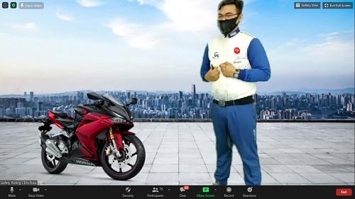 Capella Honda Sampaikan Ilmu Berkendara Lewat Webinar