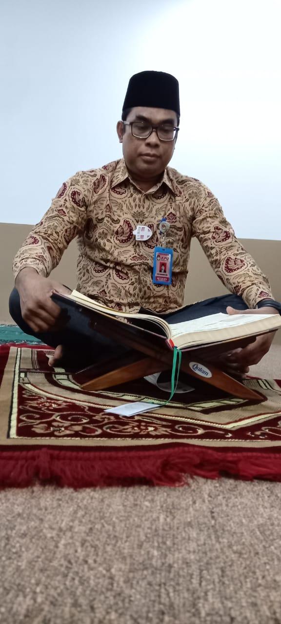 KPU Riau Khatamkan 10 Kali Bacaan Al-Quran