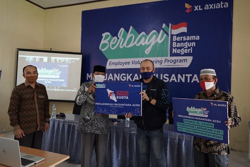 Karyawan XL Axiata Salurkan Donasi Pendidikan di Aceh